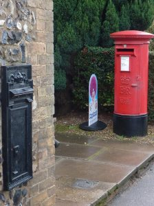 E2R pillar box, 1990s, with earlier decommissioned GR wall box. East Anglia. Andrew R Young